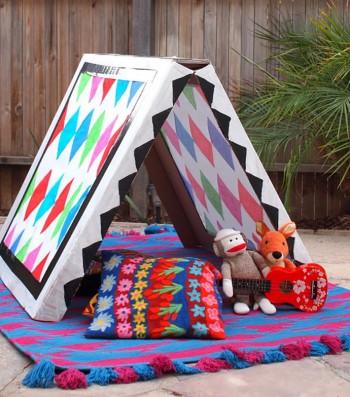 Сгъваема палатка от картон